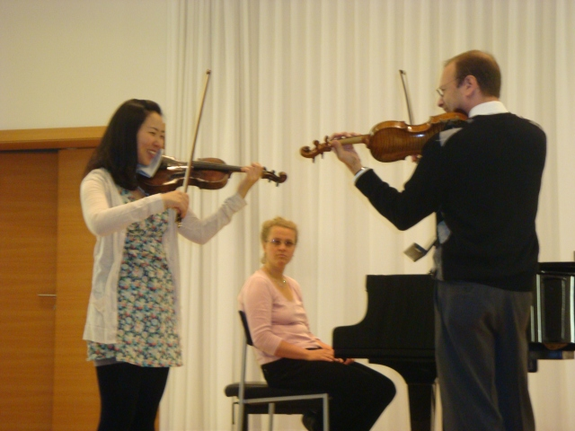 JH, teaching a Masterclass, Hochshule fur Musik, Wurzburg, Germany